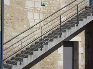 Escalier metallique 17