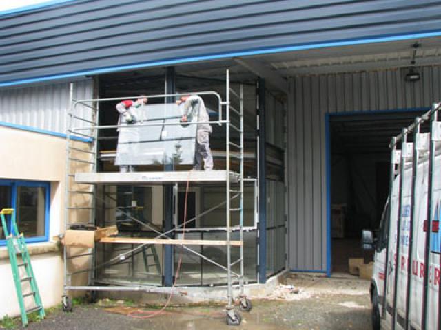 Atelier - rénovation bâtiment menuiserie aluminium Niort
