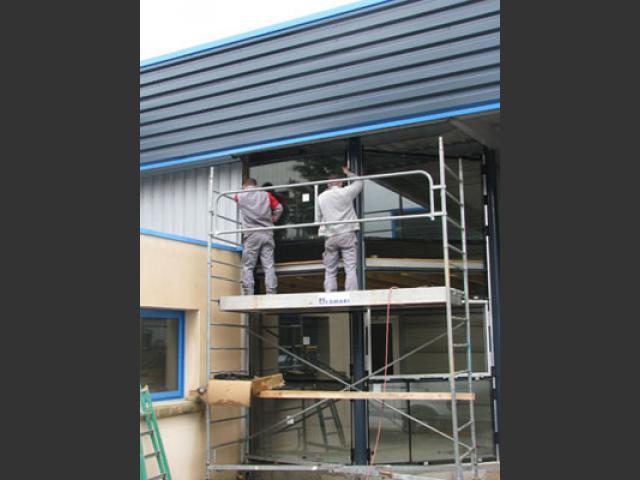 Atelier - rénovation bâtiment menuiserie aluminium Poitou Charentes