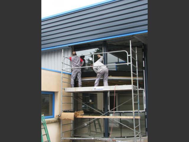 Atelier - rénovation bâtiment menuiserie aluminium 79