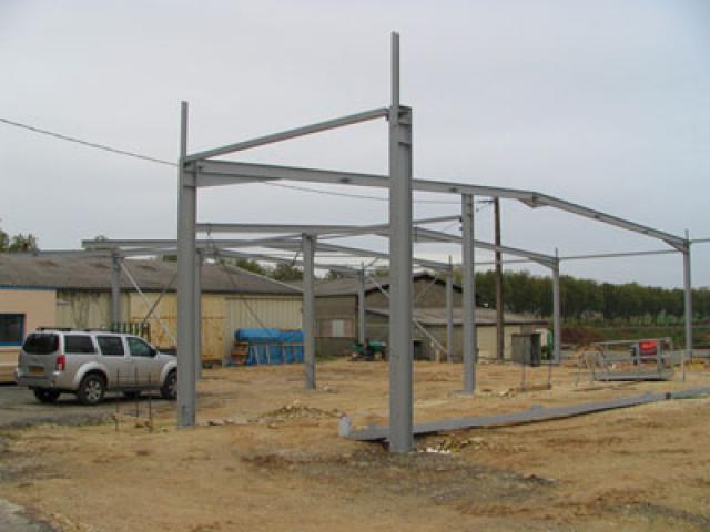 Atelier - rénovation bâtiment portail 17